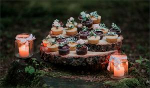 cupcake-shrine