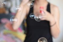 soap-bubbles-801927_1280